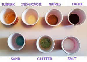 cups with powder pigment 2