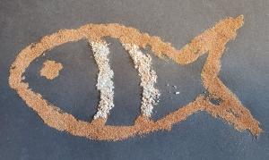 glue stick fish 13